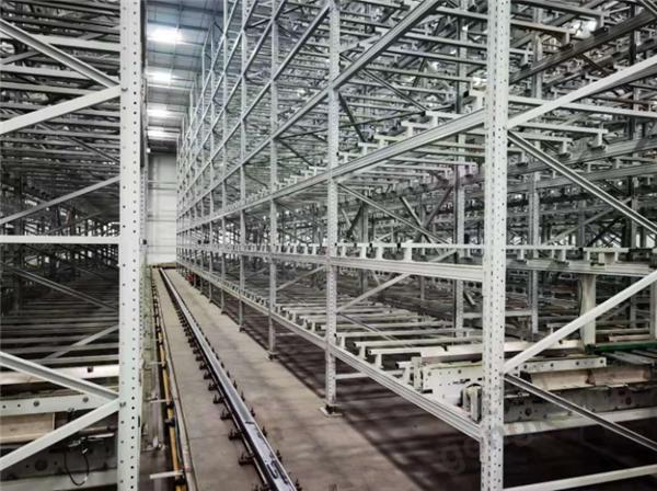 智能立庫帶來高效益 雷柏機器人倉儲方案優勢解析