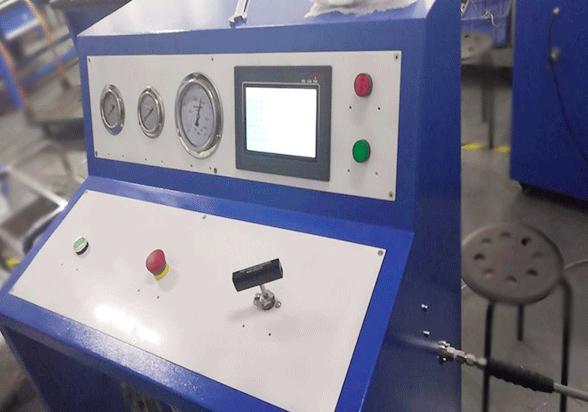 顾美触摸屏PLC一体机在容器液体保压测试机的应用