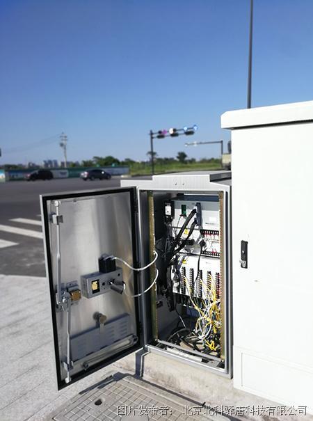 驿唐科技MD-649全网通4G DTU用于城市智能交通信号灯远程监控