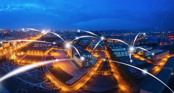 """华北工控无风扇计算机助力交通系统:为城市交通装上""""智慧大脑"""""""