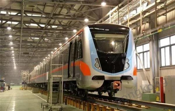 昨日,天津地铁5号线刷屏!更惊喜的是...