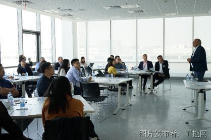 福伊特��德国商会和IoT1学院共同举办工业型企业线上学习&技能发展研讨会