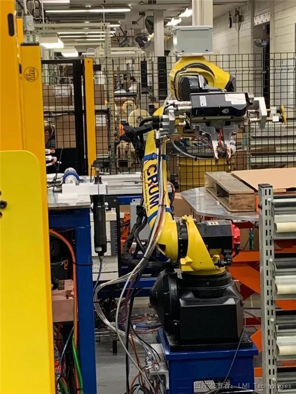 FANUC机械臂搭载Gocator® 3D智能传感器执行精准拾取放置