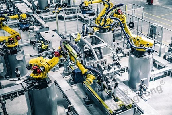 仙知机器人 浅谈复合机器人的发展之路