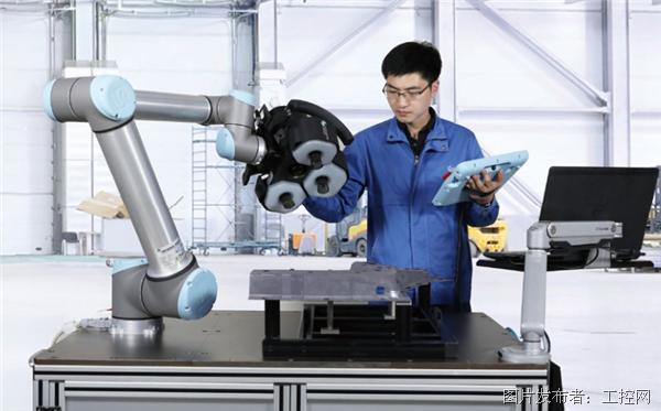 海克斯康藍光協作自動化測量方案,尋找人機協作最佳點