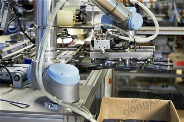 优傲机器人助推食品行业智能升级