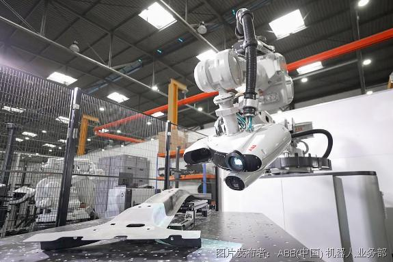 ABB全新机器人3D检测单元让质量控制检测速度提升10倍