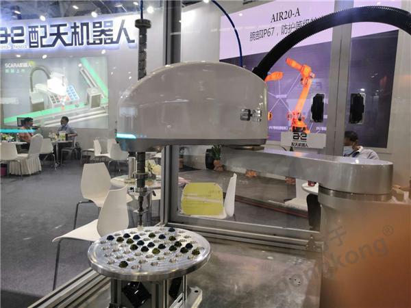 十年磨剑感恩回馈!配天SCARA机器人震撼亮相本届深圳机械展