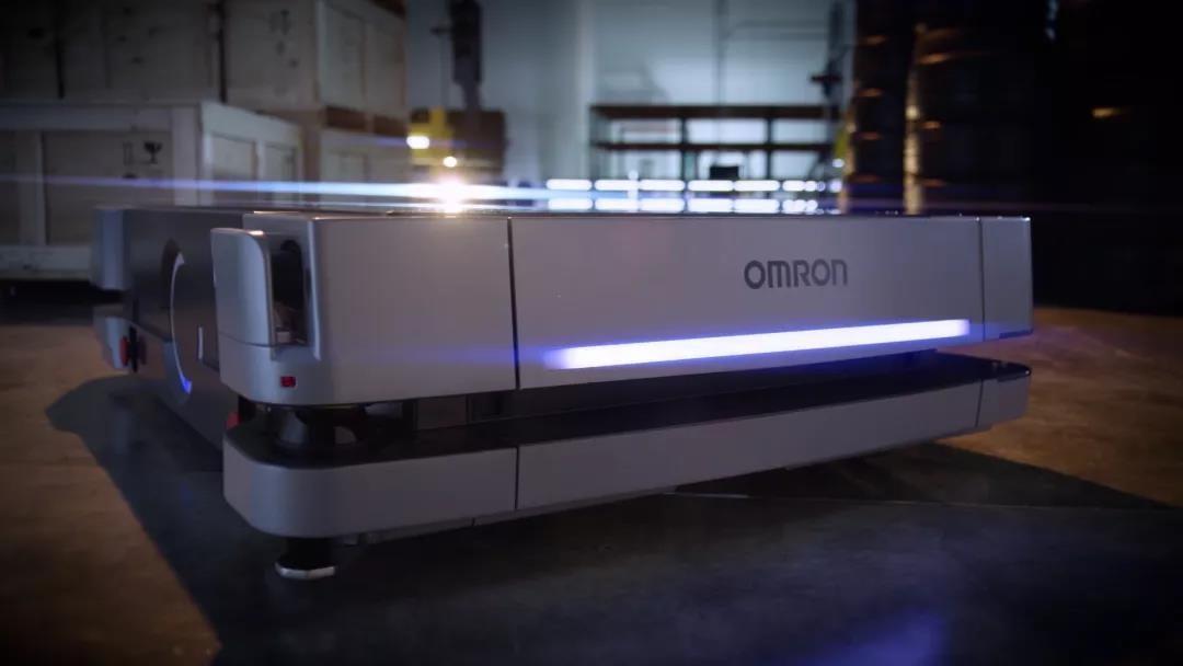 欧姆龙【移动机器人 HD-1500】负载1500kg,实现了重型货物运输的自动化