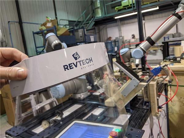 优傲机器人:协作机器人提升企业适应性