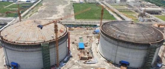 台塑60万吨PDH项目丙烷储槽成功升顶
